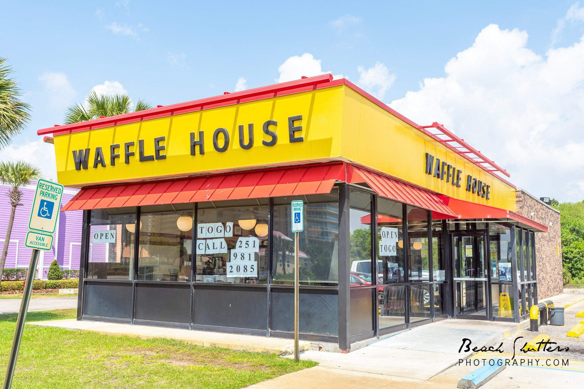 waffle house at the beach is closed.