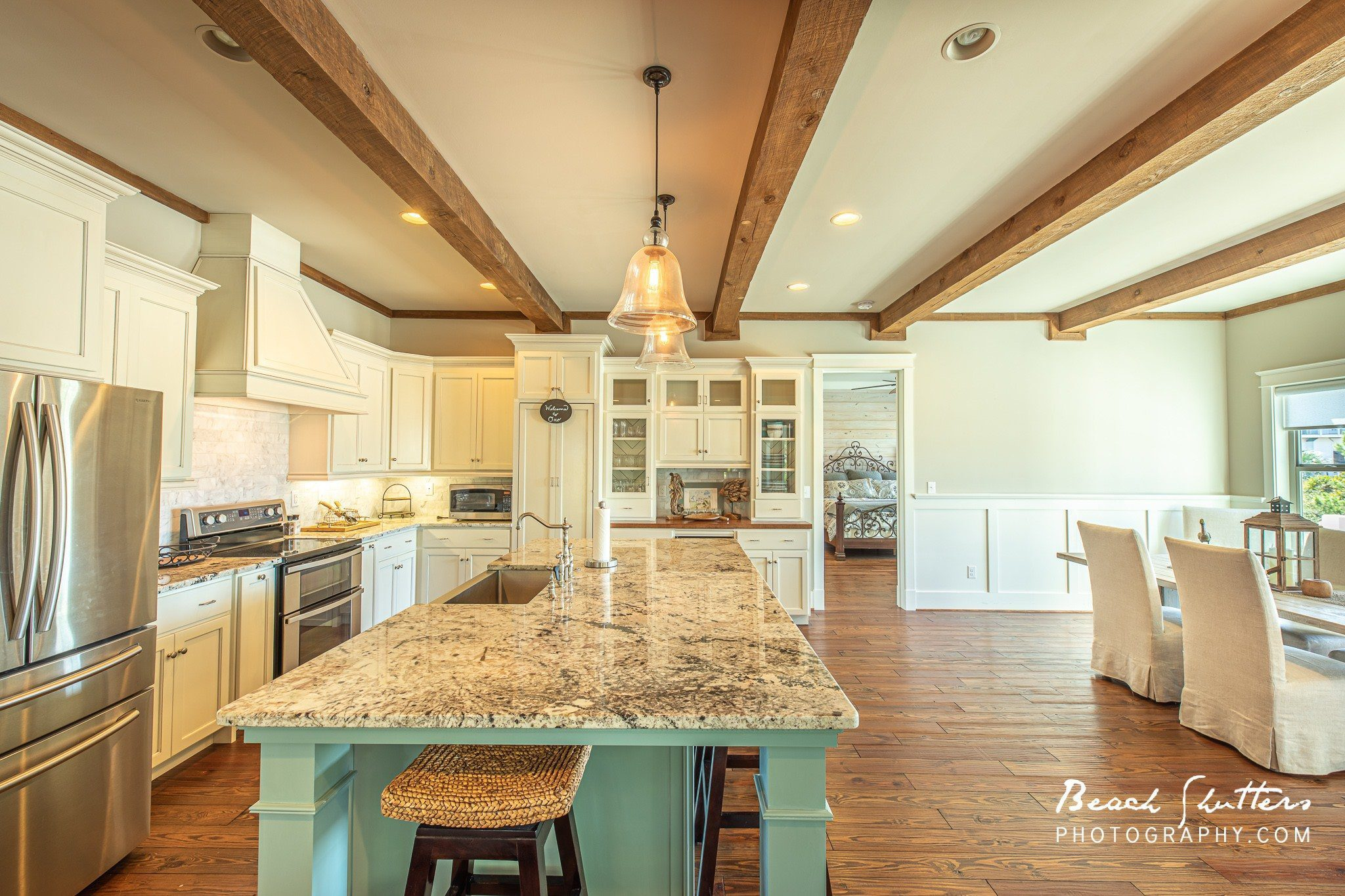 photographing houses in Orange Beach and Gulf Shores Alabama.
