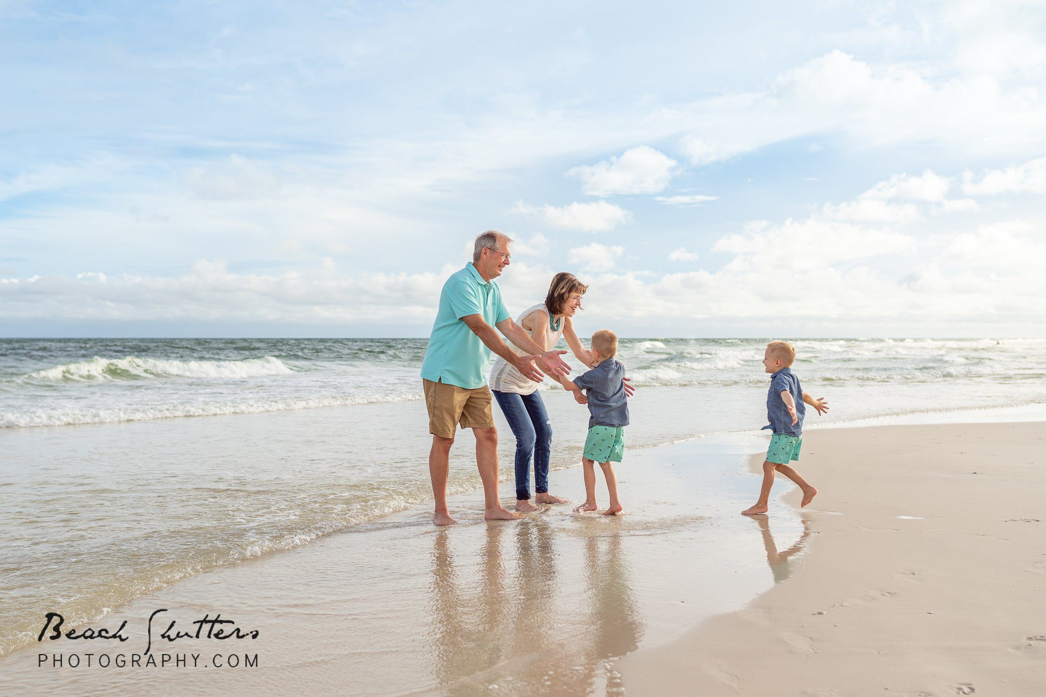 beach photos with the grandparents