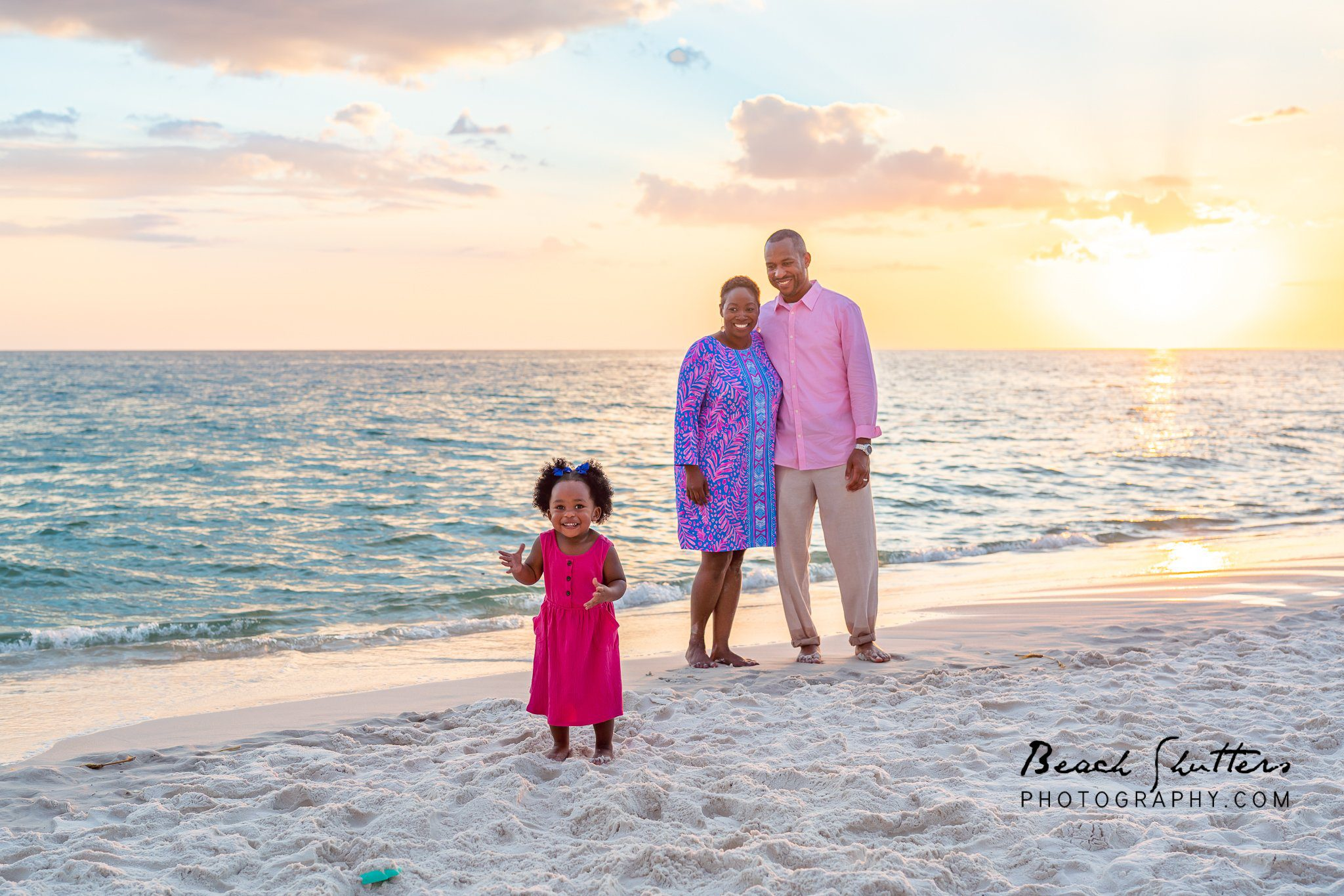 Tell your story with family photos at the beach