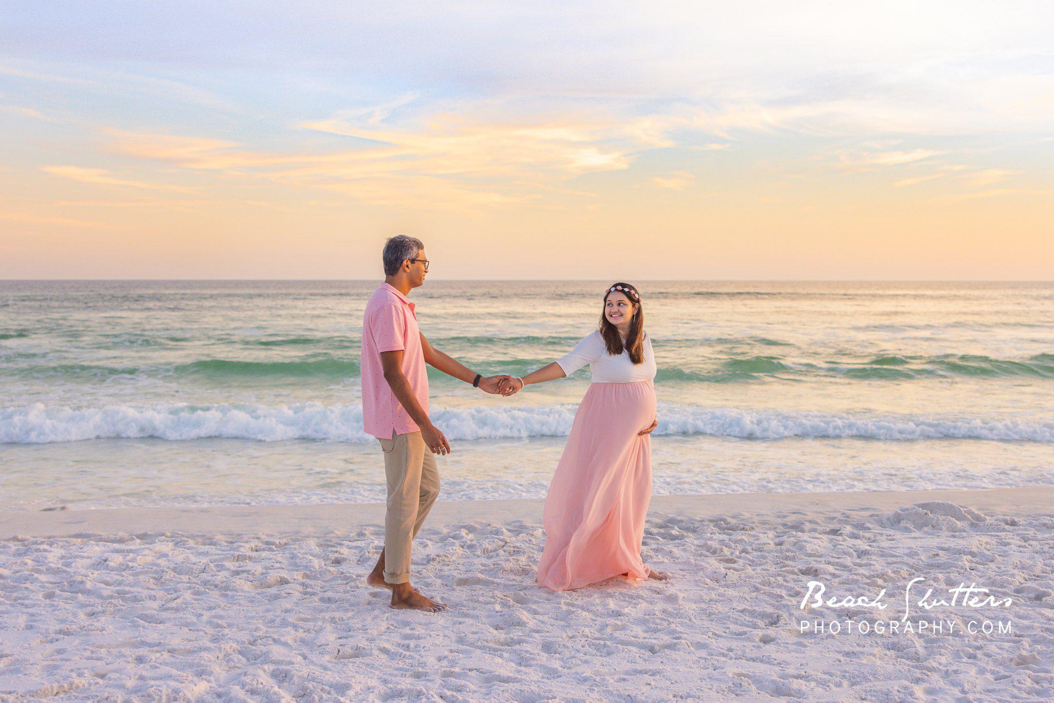 Maternity photos at the beach